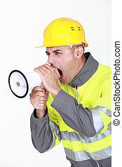 擴音器, 工人