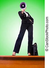 擴音器, 從事工商業的女性, 透過, 呼喊
