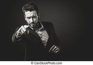 攻撃的である, ビジネスマン, 指を 指すこと