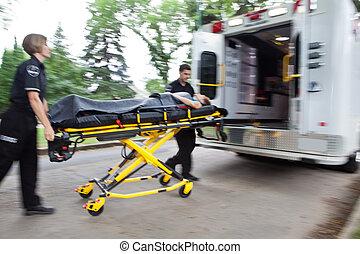 救護車, 緊急事件