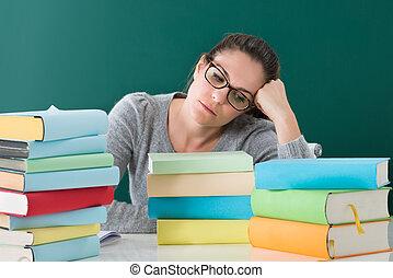 教室, 女, 本, 疲れた