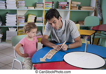 教室, 教師, 就学前の 子供