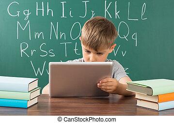 教室, 男の子, 使うこと, タブレット, デジタル