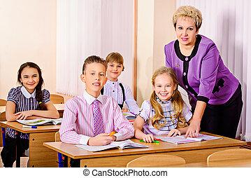 教師, ∥において∥, a, クラス