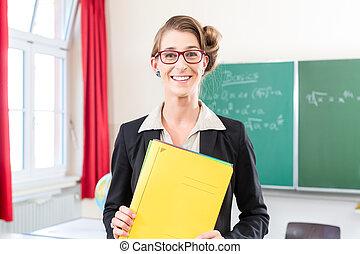 教師, 保有物のホールダー, 中に, 学校, の前, a, クラス