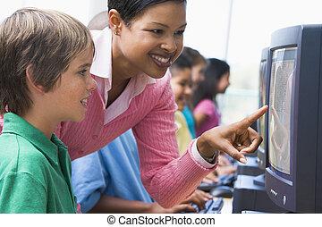 教師, 助力, 学生, コンピュータにおいて, ターミナル, ∥で∥, 生徒, 中に, 背景, (depth, の,...