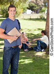 教科書, 間, 保有物, 微笑, 学生