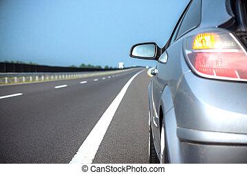 新しい車, 速く運転, 上に, a, 道, 中に, 山