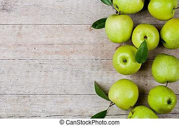 新たに, 緑のリンゴ, クローズアップ