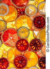 新たに, 薄く切られる, 混ぜられた, 柑橘類