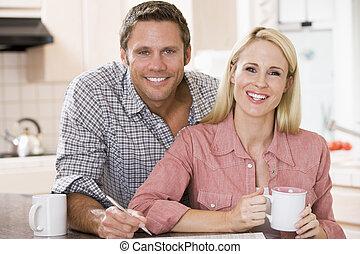新聞, コーヒー, 台所, 恋人, 微笑