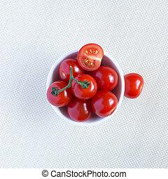 新鮮なサクランボ, トマト