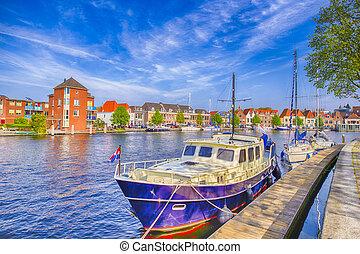 旅行, チャンネル, 都市, 旅行する, ボート, harlem, 魅力的, netherlands., concepts., 桟橋, ヨーロッパ