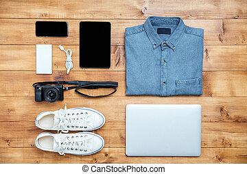 旅行, 概念, 鞋子, 襯衫, 移動電話, 膝上型, usb, 照像機