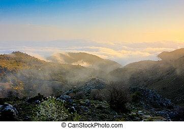 日の出, 中に, ∥, 白い 山