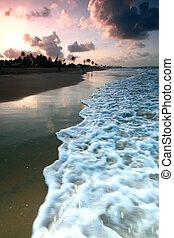 日の出, 海洋