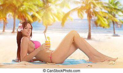 日当たりが良い, ビキニ, 弛緩, 女, 浜。