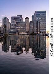 日没, 建物, たそがれ, スカイライン, ロンドン, カナリア埠頭, イギリス