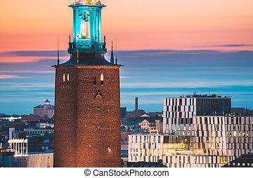 日没, 有名, 夕方, 人気が高い, 光景, 終わり, たそがれ, 目的地, 都市, タワー, hall., sweden., 夕闇, lighting., 景色, lights., ストックホルム, ストックホルム