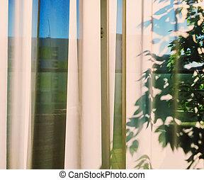 日没, 窓カーテン