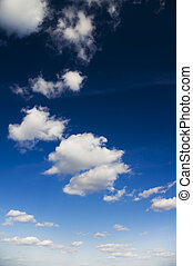 明亮的藍色, 天空