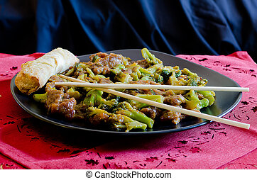 春巻, 牛肉, ブロッコリー