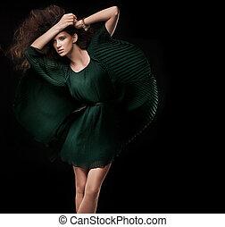 時裝, 風格, 相片, ......的, a, 年輕, 黑發淺黑膚色女子