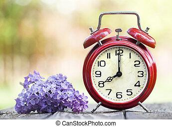 時間, 前方へ, 節約, 花, 春, 時計, 日光, 警報, 概念, 赤, 紫色