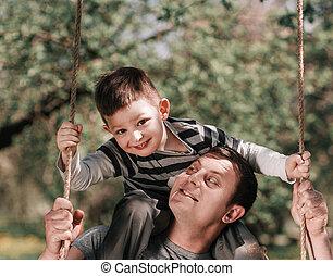 時間, ∥(彼・それ)ら∥, 費やしなさい, 無料で, 父, 幸せ, 一緒に, 息子
