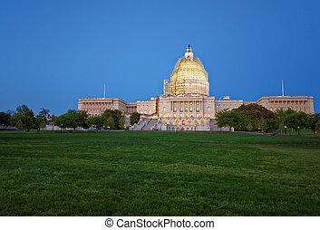 晚上, 州議會大廈, 我們, 看法