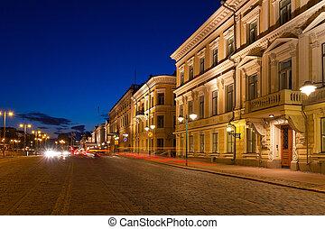晚上, 赫爾辛基