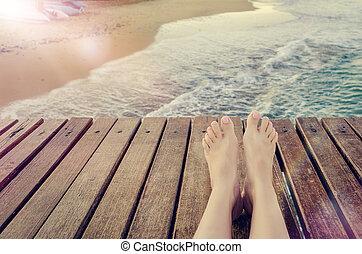 暑假, 概念, 背景, 由于, 腿, 在上方, 木 碼頭