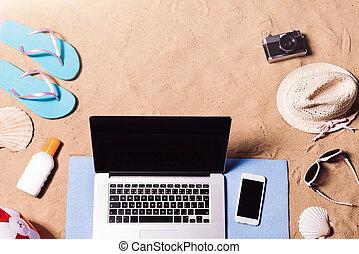 暑假, composition., 涼鞋, 帽子, 膝上型, 以及, smartphone