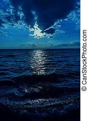 暗い, 月光, 上に, 空, 水