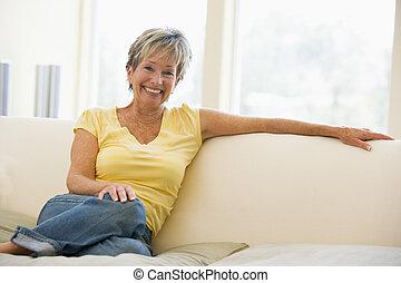 暮らし, 微笑の 女性, 部屋