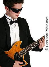 有吸引力, 青少年男孩子, 由于, 吉他