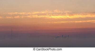 有薄雾, 日落