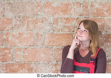 服を着せられる, 女, 赤, 微笑, redhead, オーバーオール, 若い