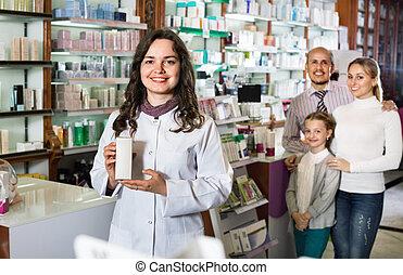 朗らかである, 店, 顧客, 薬剤師, 相談, 薬