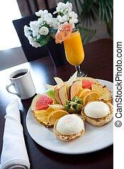 朝食, ホテル