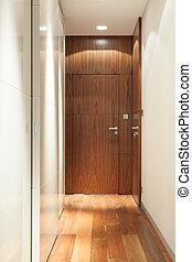 木制的門, 在, 走廊