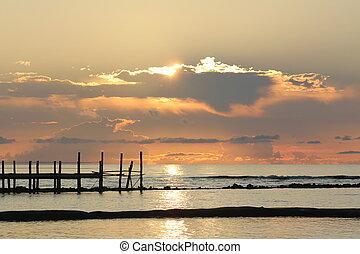 木製である, 上に, 桟橋, 日の出