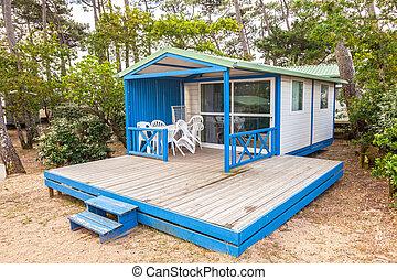 木製である, 休暇 家