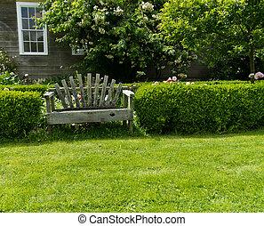 木製である, 庭ベンチ