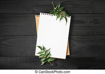 木製である, 葉, ノート, 緑の背景, 黒