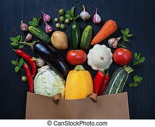 木製である, 野菜, 袋, 黒, 新たに, テーブル。