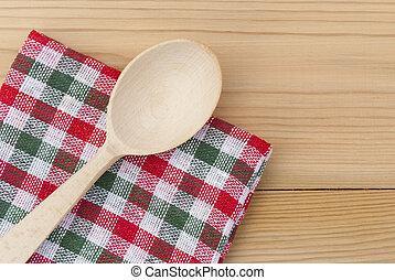 木製のスプーン, checkered, テーブル。, ナプキン