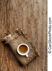 木製のテーブル, コーヒー