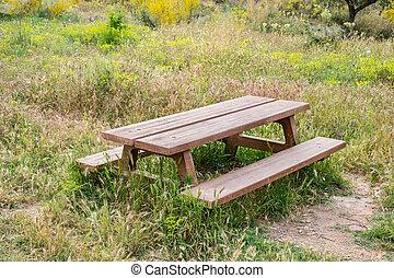 木製のテーブル, 庭ベンチ