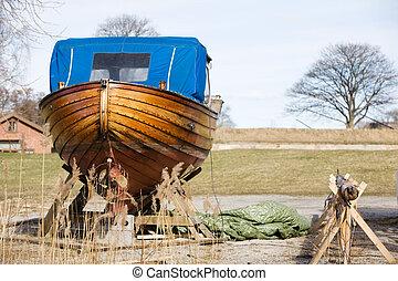 木製のボート, 修理